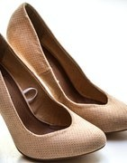 Beautiful collection of Heels : 99shoppy.in